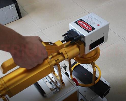 手持式光纤激光打标机(3)